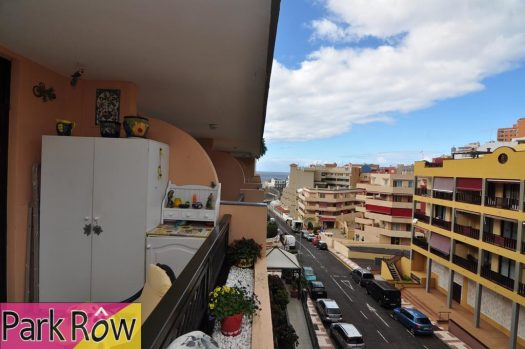1 Bed Apartment for sale in Puerto de Santiago, Tenerife